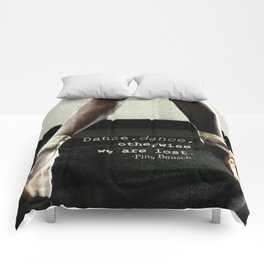 Pointe - Pina Bausch Quote Comforters