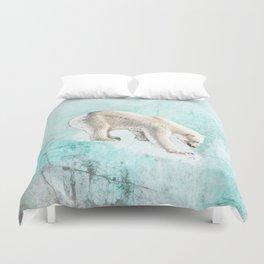 Polar bear on thin ice Duvet Cover