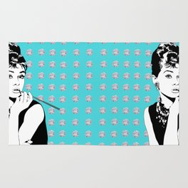 Audrey Hepburn as Holly Golightly with diamond background Rug