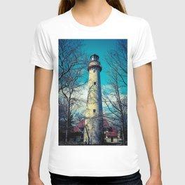 Poe Style Grosse Point Lighthouse on Lake Michigan Evanston Illinois T-shirt