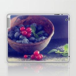 Dark blue berries contrasting with bright red berries Laptop & iPad Skin