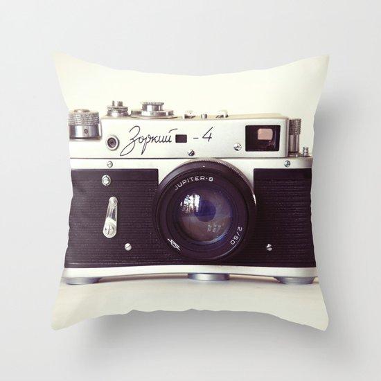 Zorki vintage camera Throw Pillow