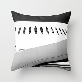 Le Havre | Niemeyer architect | Le Volcan Throw Pillow