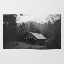 New England Classic Covered Bridge Rug