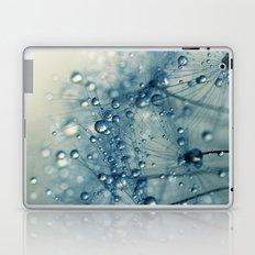 Dandy Blue Shower Laptop & iPad Skin
