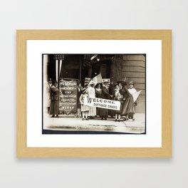 Suffrage Envoy Photograph (1915) Framed Art Print