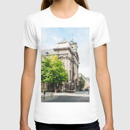old street in Brussels T-shirt