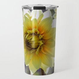 Dahlia In The Garden / 30 Travel Mug