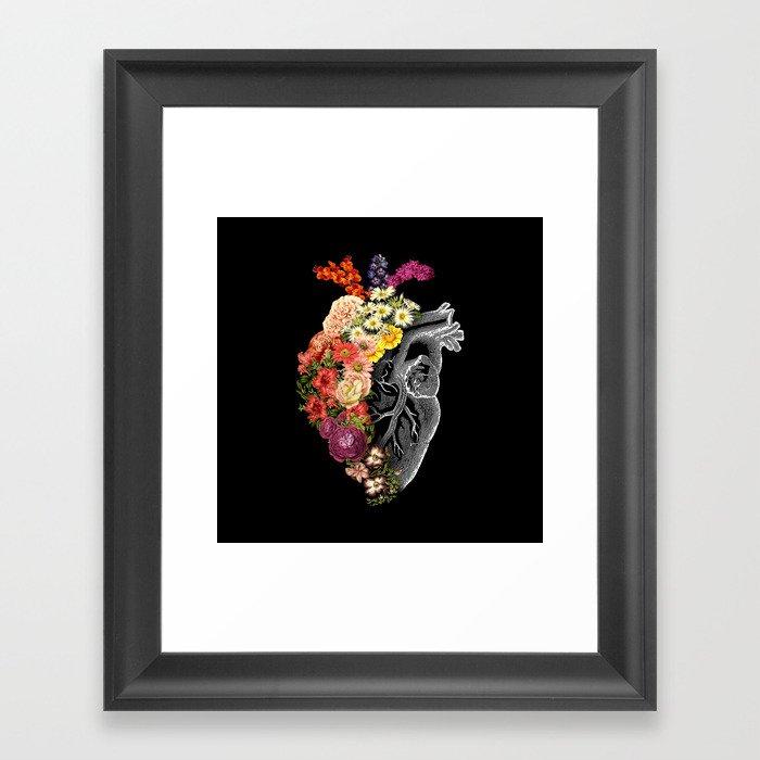 Flower Heart Spring Gerahmter Kunstdruck