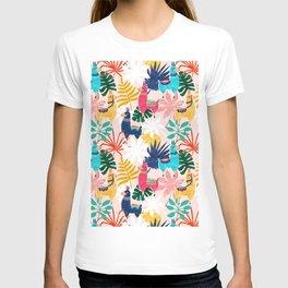 Keep Being Llamazing #illustration #pattern T-shirt