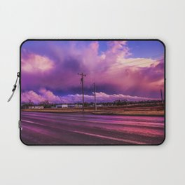 COLD LIPS AND TEMP DIPS Laptop Sleeve