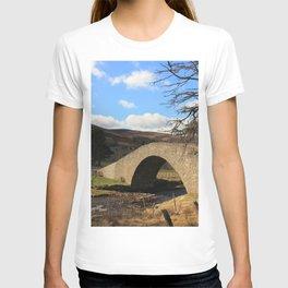 Gairnshiel Bridge, Gairn Burn, Royal Deeside, Scotland T-shirt