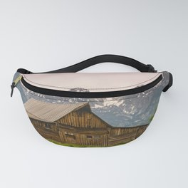 Grand Teton National Park Adventure Barn - Landscape Photography Fanny Pack