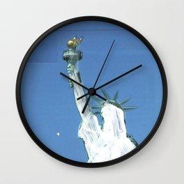gestrichen Wall Clock