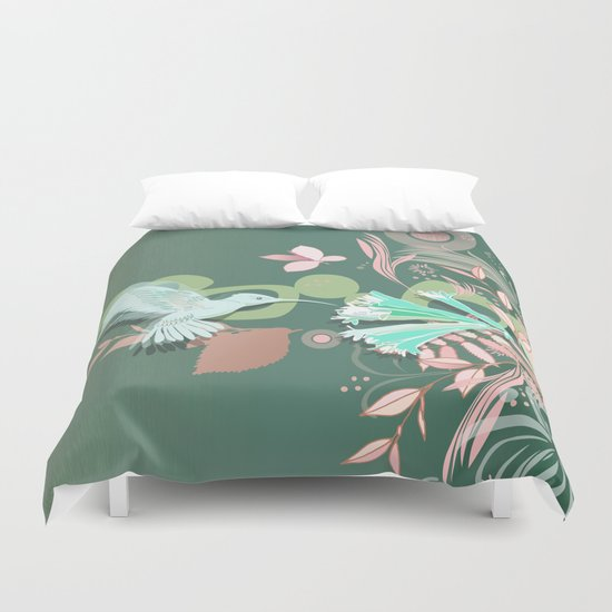 Hummingbird leaf tangle, green pale pink Duvet Cover