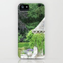 Gazebo dans le Jardin Italien iPhone Case