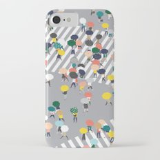 Crossing The Street on a Rainy Day - Grey iPhone 7 Slim Case