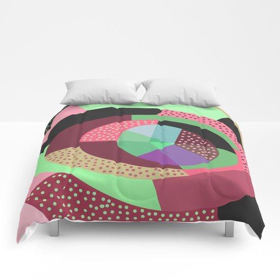 NaiveV Comforters