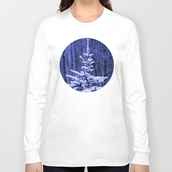 Snow covered Christmas tree Long Sleeve T-shirt
