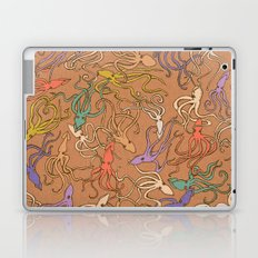 Squids of the inky ocean - retro colorway Laptop & iPad Skin