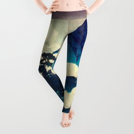 Under the Rain in Doyi Leggings
