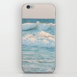 The waves iPhone Skin