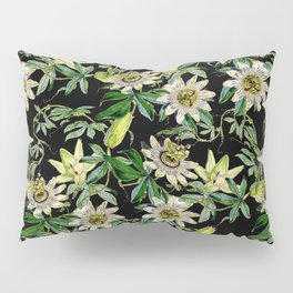 Vintage & Shabby Chic- Retro Passiflora Caerulea Pattern Pillow Sham