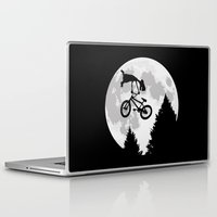 et Laptop & iPad Skins featuring ET tailwhip by le.duc