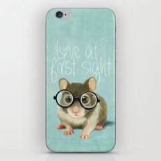 Little mouse in love iPhone & iPod Skin