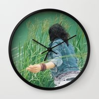 mom Wall Clocks featuring Mom by Am sans col ni cravate
