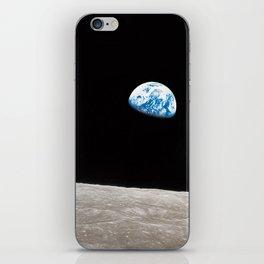 Earthrise William Anders iPhone Skin
