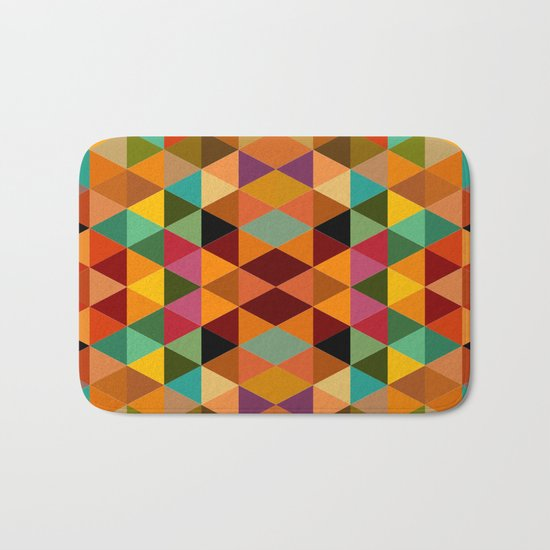 Middle Triangles Bath Mat