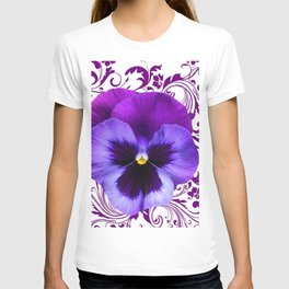 LILAC PURPLE PANSY SPRING FLORAL PATTERN T-shirt