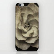 Vintage B/W Gardenia iPhone & iPod Skin