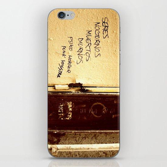Palabras en la calle  iPhone & iPod Skin