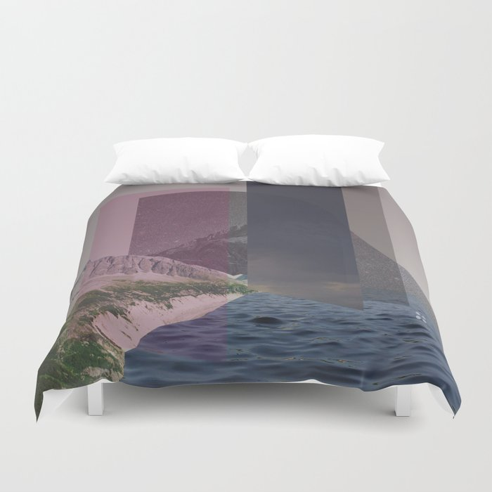 atmosphere 15 · Hall of the Mountain Grill Duvet Cover