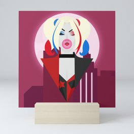 DC Universe | Gotham City Sirens – Quinn Mini Art Print