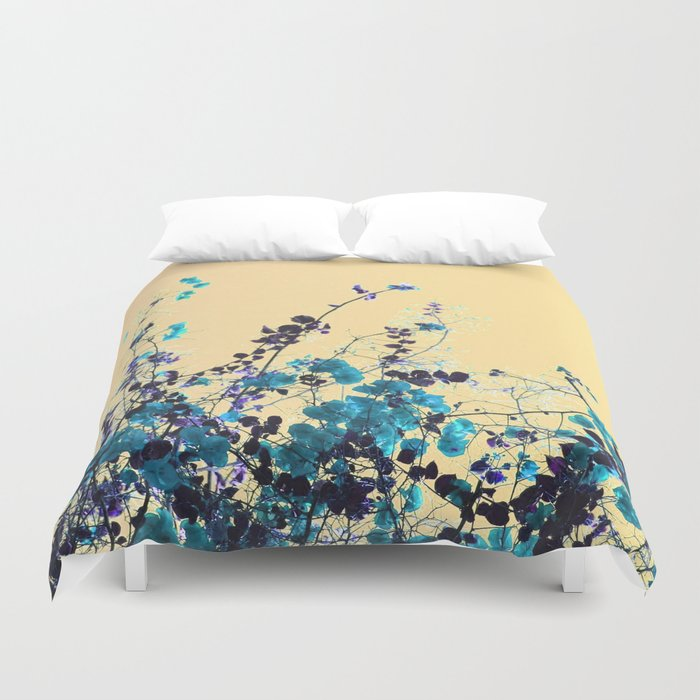 Vibrant Turquoise Blooms Duvet Cover