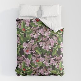 Floral insects pattern Comforters