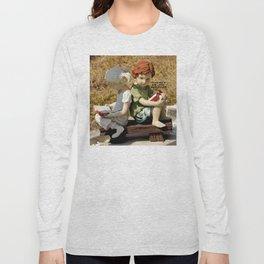 I Wonder If She Likes Butt Stuff Long Sleeve T-shirt