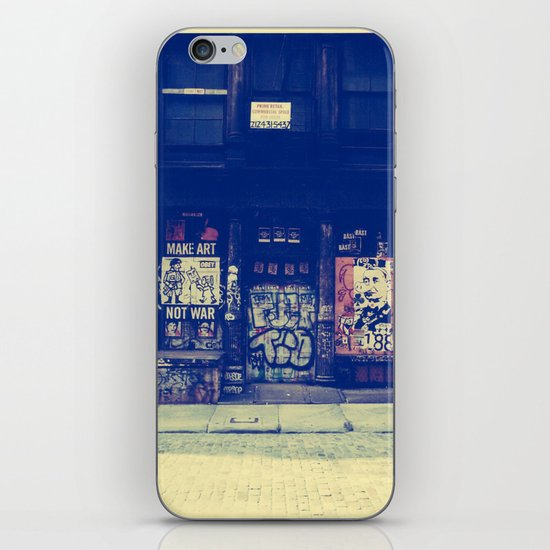Make Art Not War iPhone & iPod Skin