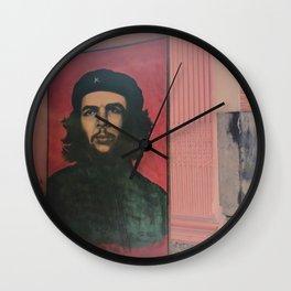Che Guevara In A Havana Doorway Wall Clock