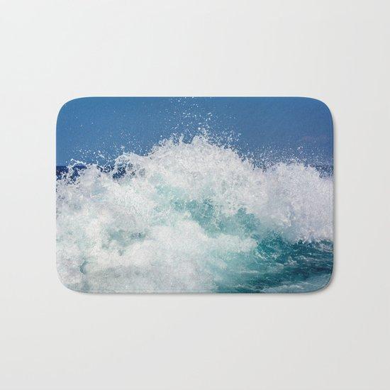 Crashing beautiful waves Bath Mat
