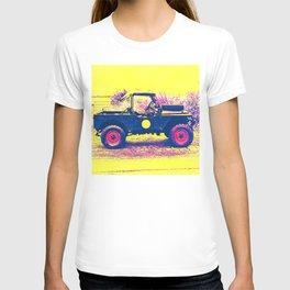 1955 Land Rover - Mavis T-shirt
