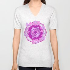 Butterflies and kaleidoscope in pink Unisex V-Neck