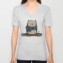 Chilly Owl Unisex V-Neck