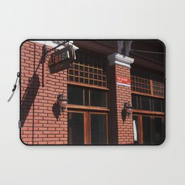 Red Brick Wall... Laptop Sleeve