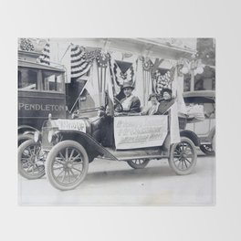 Women's Suffrage Movement in Oregon (September 23, 1916) Throw Blanket