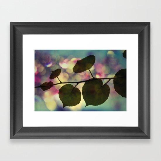 Kiwi leaves Framed Art Print