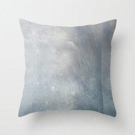 El viaje comienza ( the journey begins) Throw Pillow